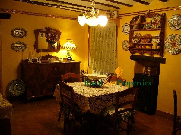 Venta/Alquiler Casa Tradicional con parcela en Caravaca de la Cruz.