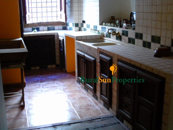 Large Traditional Town House in Caravaca