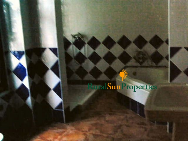 Sale Large Traditional Town House in Caravaca