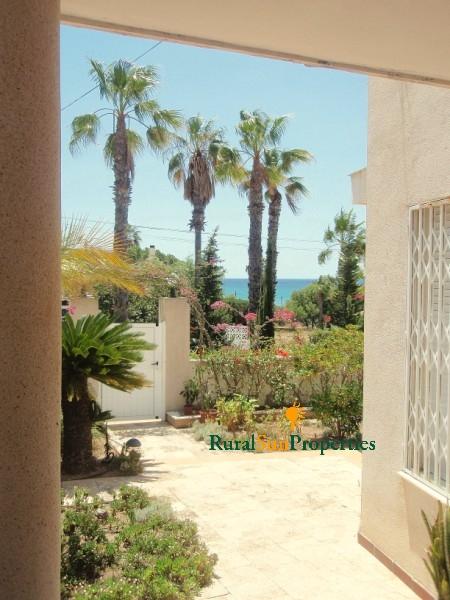 Spacious property on the Beach of Mazarron