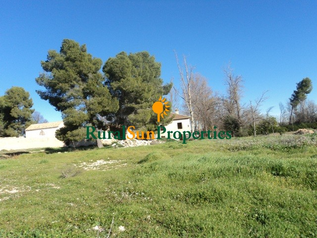 Old farm cortijo with mill on a plot of 5ha. Murcia inland Caravaca de la Cruz