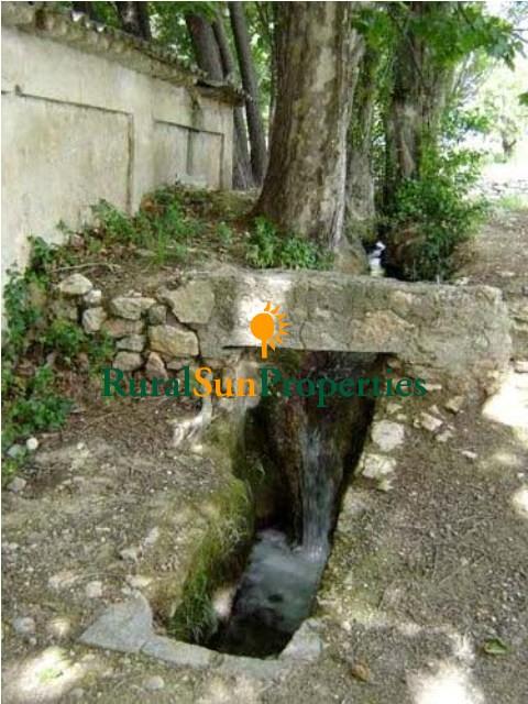 Finca Cortijo con Molino con salto de agua y 5 ha. de terreno muy cerca de Caravaca de la Cruz