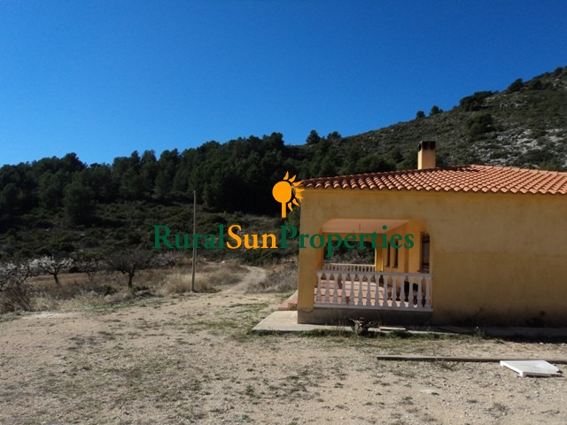 Country house for sale Bullas-Murcia