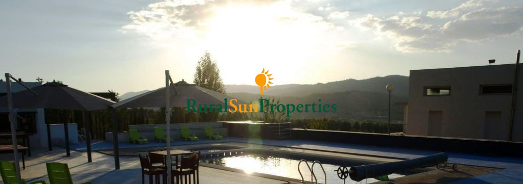 Huge and luxurious house in the mountain for sale Murcia Inland.