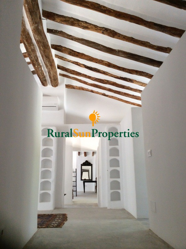 Country Mansion for sale on the mountains of Murcia in Mula