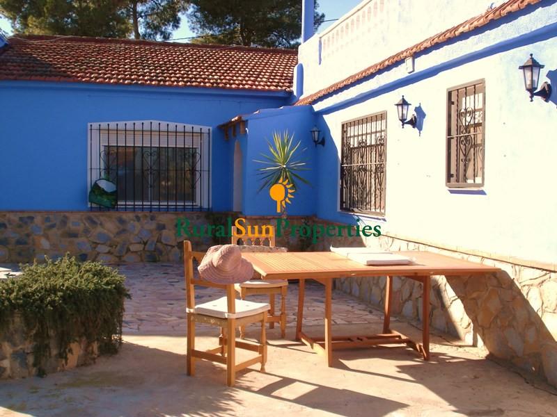 (Español) Venta Casa de Campo Villa en Fortuna a dos calles de colegio y servicios