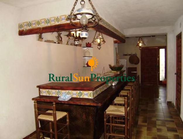 Authentic farmhouse Cortijo-Masia renovated inside Alicante