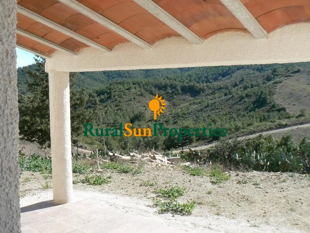 Cortijo with 10 acres plot for sale in Costa Calida