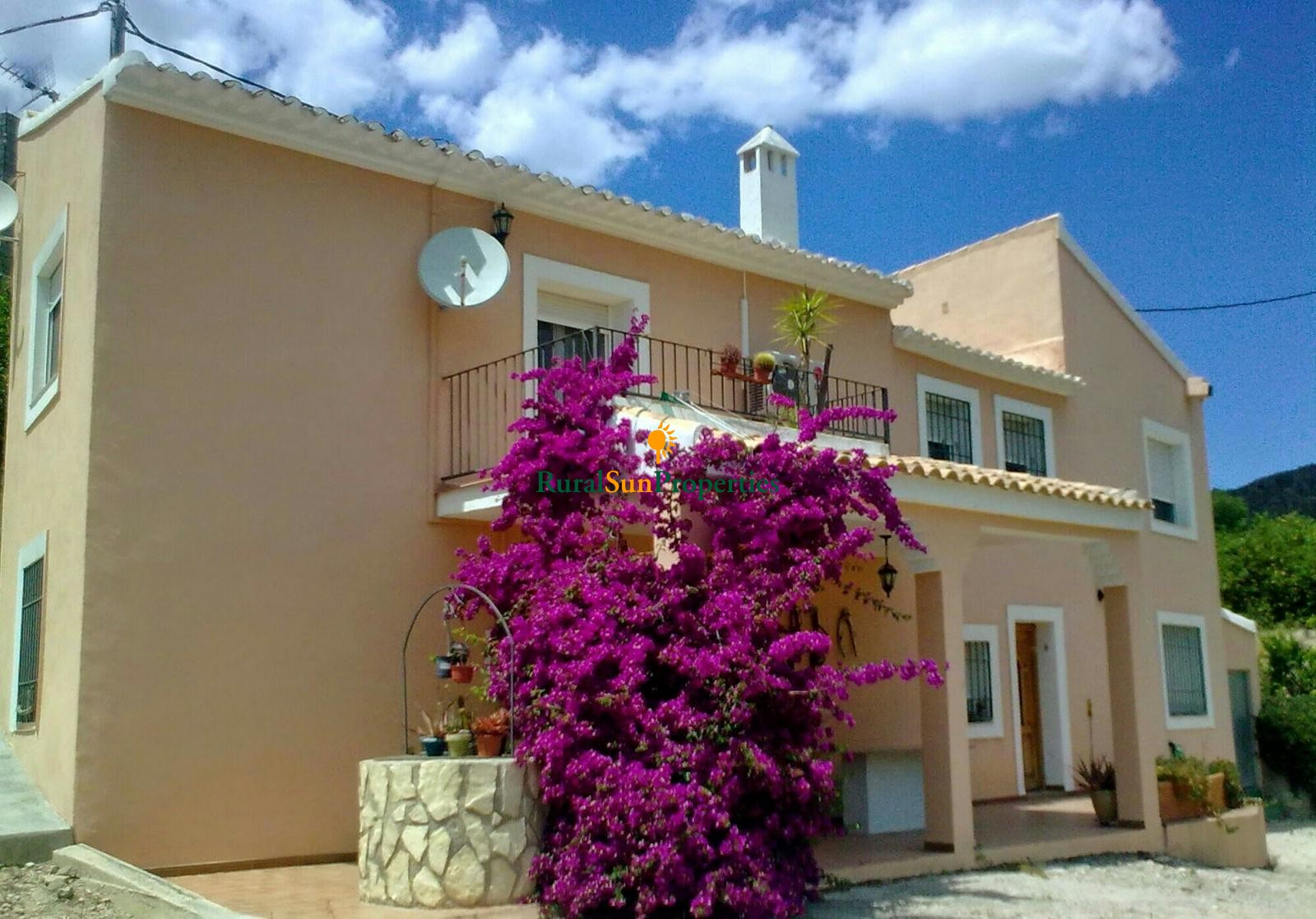 Villa for sale in Ricote Valley Murcia.