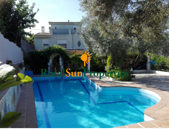 Great property on the mountains Murcia city 15 mins.