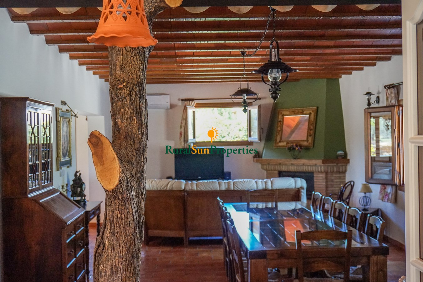 Moratalla sale beautiful finca with main house and another guest house