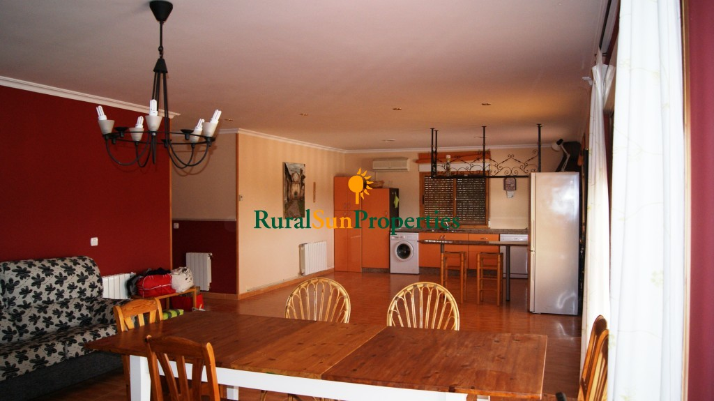 Newly built house on a plot of 3,644m² in Bullas.