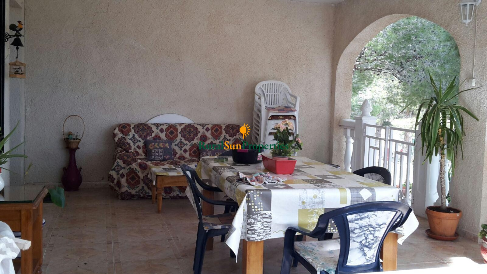 Sale country house/finca for sale in Yecla. 10,000 sq.m plot