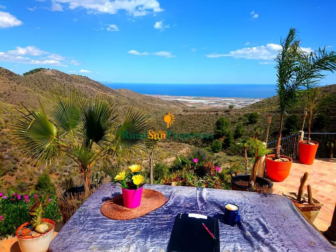 Aguilas. Unique finca with fantastic sea views