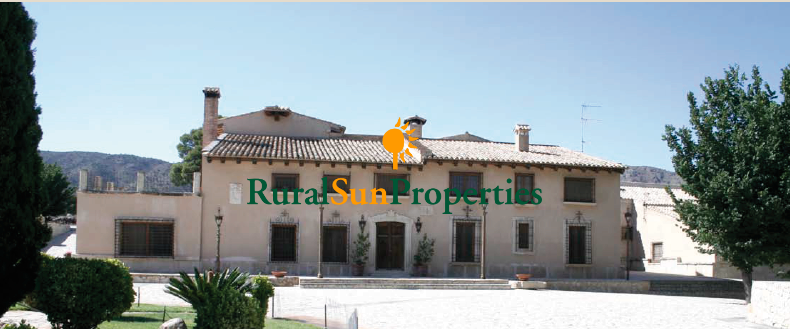 Manor Country Estate for sale in Alicante 900 hectares