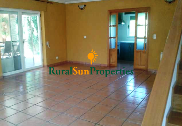 Country house for sale in Murcia.