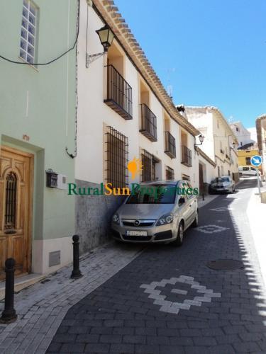 Venta Antigua Casa Grande de Pueblo con gran patio Murcia