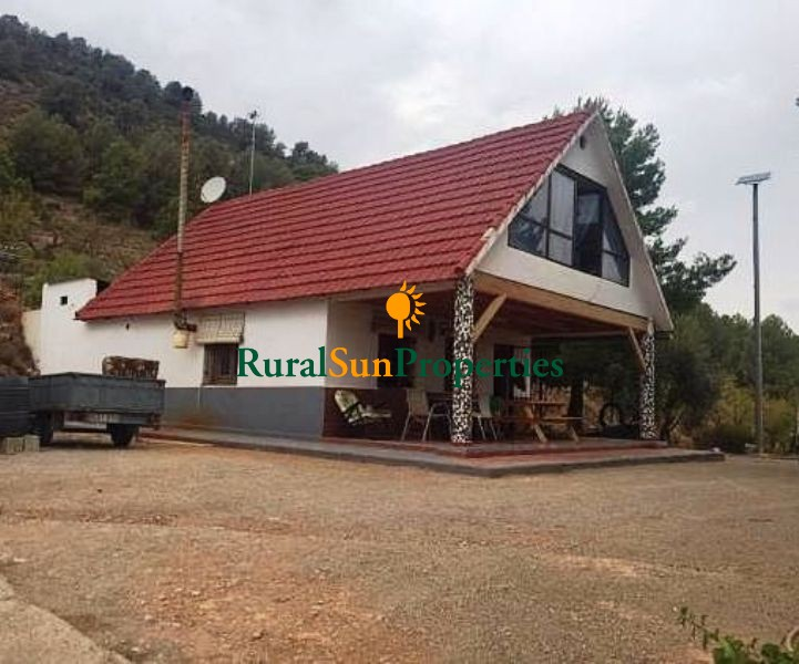 Bullas - House for sale on the mountains