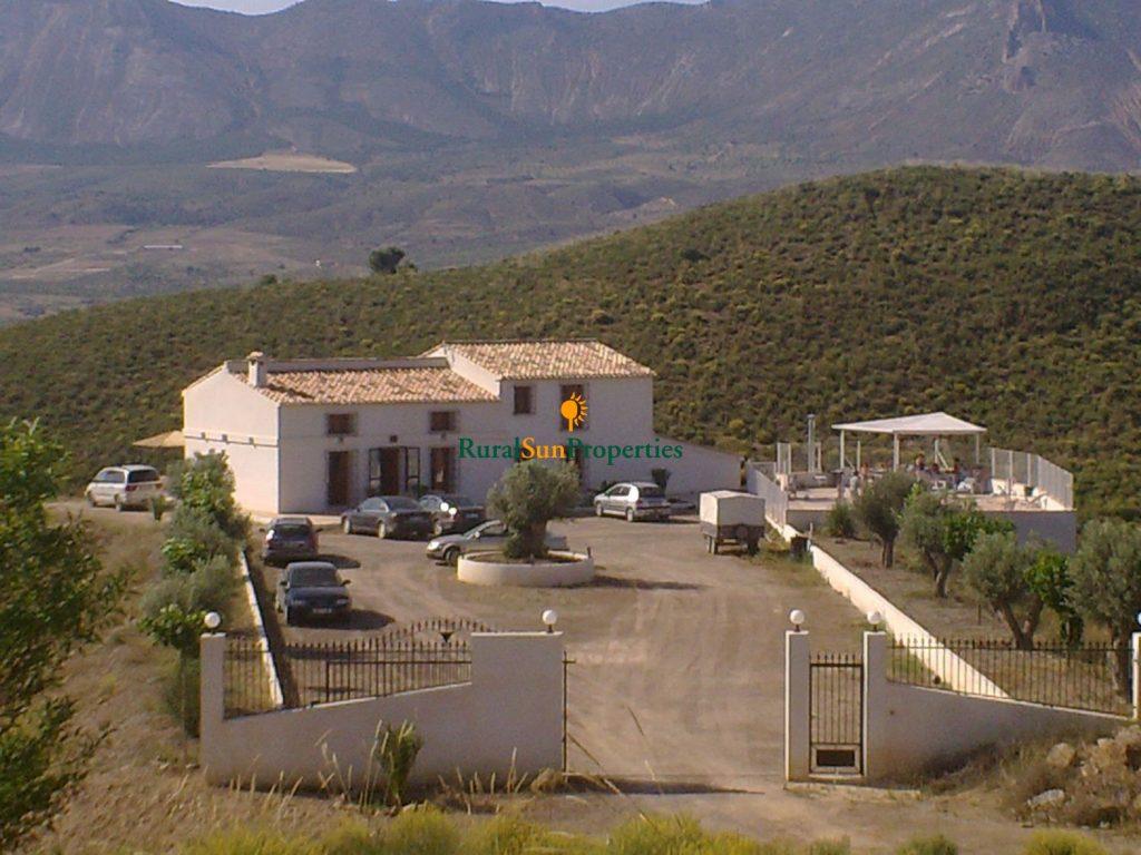 Venta cortijo entre Velez Rubio y Lorca