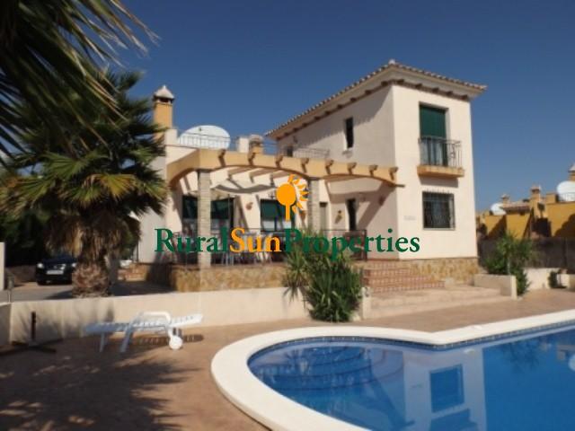 Casa con parcela Calasparra-Murcia