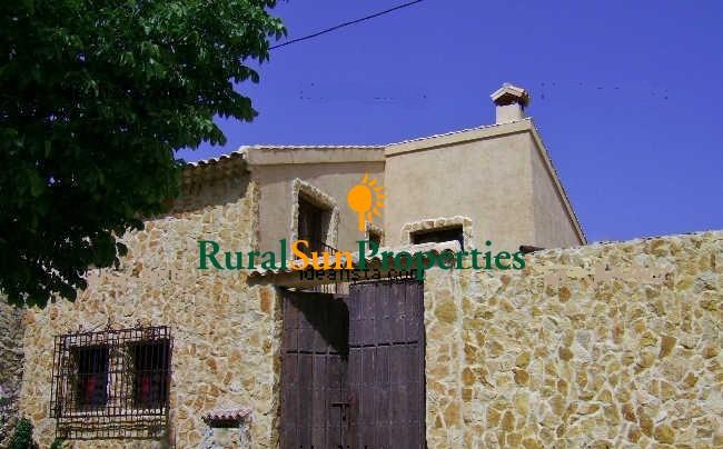 Venta Casa con terreno en el Campo de San Juan-Moratalla