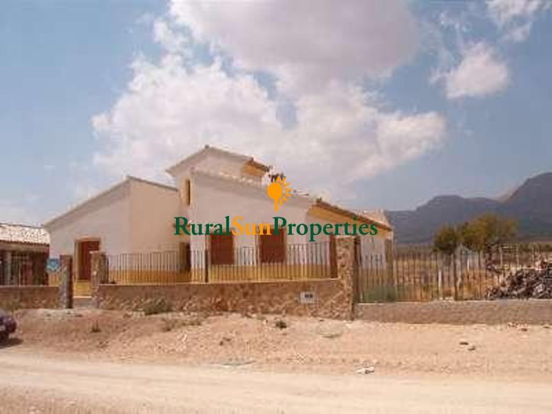 Finca-casa rural a estrenar en Velez Rubio Almeria