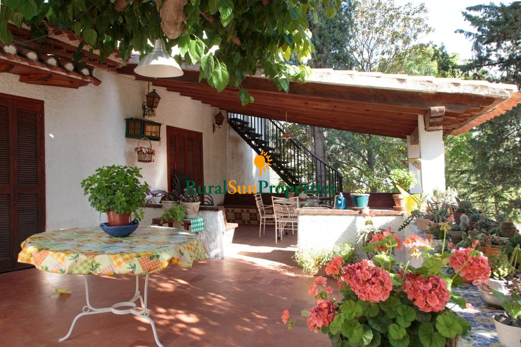 Large detached house for sale in Caravaca Murcia.