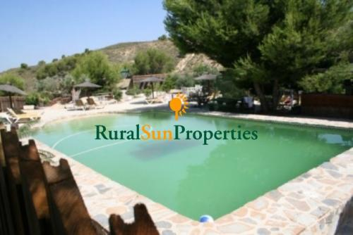 0930-1517_Casa-con-parcela-grande-montanas-Murcia-02
