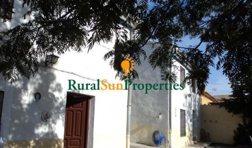 Venta dos casas con parcela en el Noroeste Murcia
