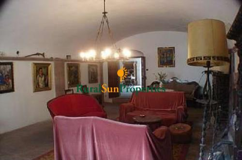 1120_Country-Estate-for-sale-Barcelona-06