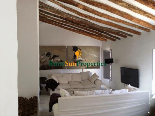 1138_Casa-Senorial-en-venta-Sierra-Espuna-10