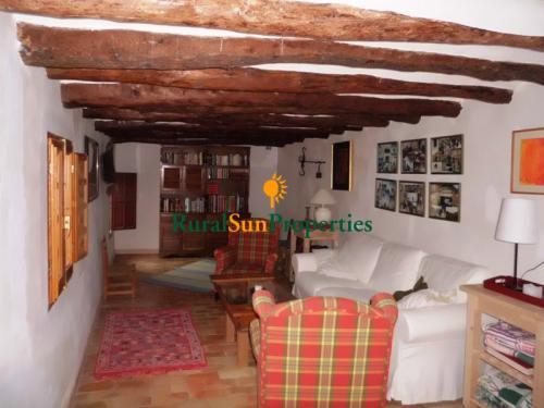 1262_venta-Masia-de-piedra-montana-Alicante-03