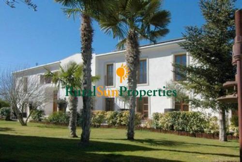 Masia de lujo en Parque Natural de Mariola en Alicante