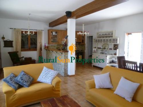 1352_Casa-de-campo-2ha-aguilas-05