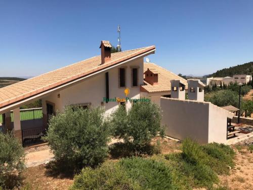1366_Chalet-en-monte-de-Bullas-parcela-3ha-05