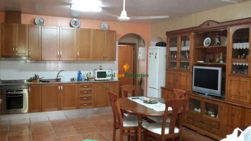 1391_Casa-de-campo-en-Yecla-con-1ha-03