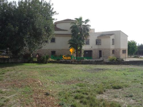 Venta casa con parcela grande en Benidorm-Alicante