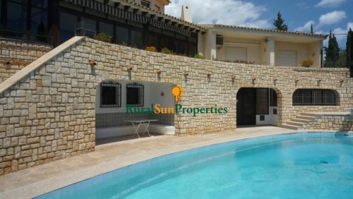 1401_Venta-casa-parcela-grande-Benidorm-Alicante-06