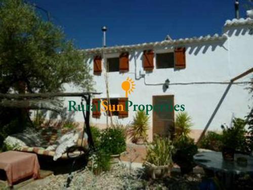 1502_Venta-Casa-de-campo-Almeria-Velez-Rubio-02