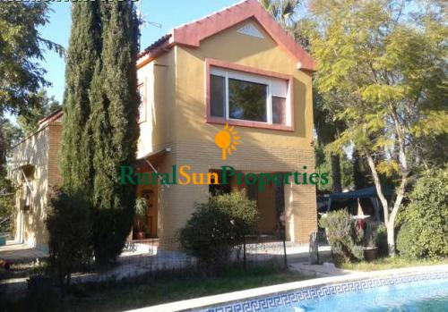 Venta de Casa con Parcela en las cercanías de Murcia