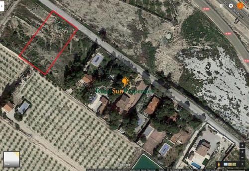Parcela urbana de 2.330m² en Archena