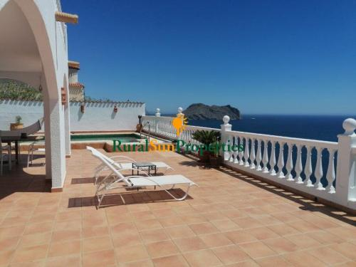 1569-country-houeses-for-sale-aguilas