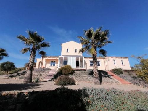 sale-country-house-aguilas
