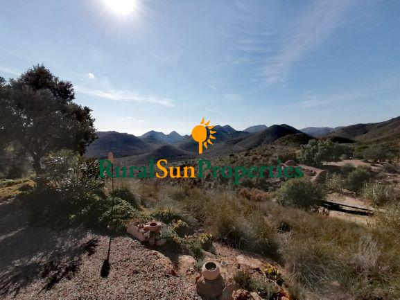 Sale Finca in Aguilas on the nature reserve with wonderful views.